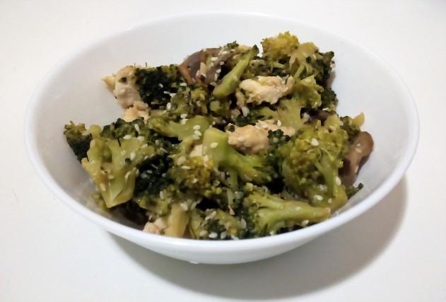 brocoli-pollo-setas